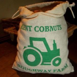 500g – 1Kg: Dehusked Kent Cobnut Gift Bag – Preorder