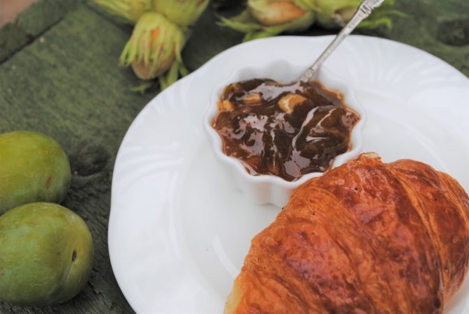 Gunslebert Cobnut and greengage jam with croissant